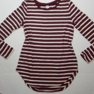 Old Navy Small Maroon & white sweater shirt